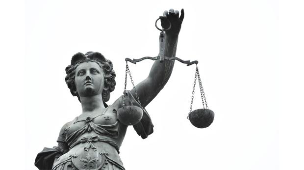 Philippe Courroye, une verrue sur le visage de la justicefrançaise