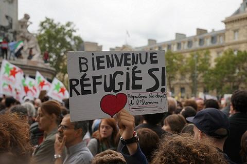 freddy-mulongo-manifestation-migrants-place-de-la-republique11
